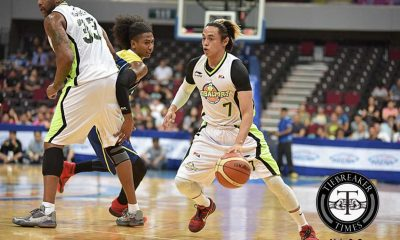 Tiebreaker Times Globalport survives sizzling shootout against importless TNT Basketball News PBA  Terrence Romeo Talk N Text Tropang Texters Stanley Pringle Roi Sumang Pido Jarencio PBA Season 41 Mo Tautuaa Jong Uichico Jayson Castro Globalport Batang Pier Danny Seigle Calvin Warner 2016 PBA Commissioners Cup