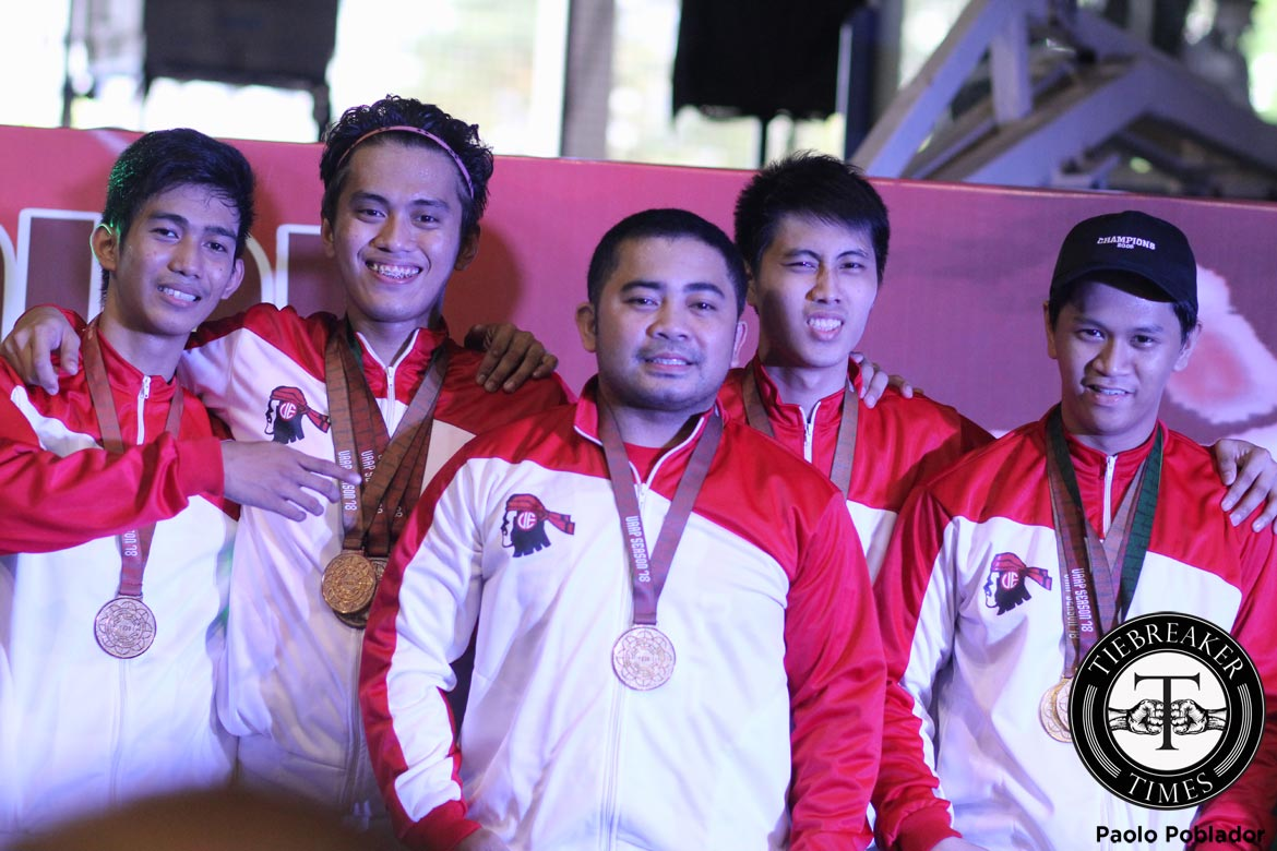 Philippine Sports News - Tiebreaker Times Ending it strong: Red Warriors underline supremacy with men's team foil conquest ADMU DLSU Fencing FEU News UAAP UE UP UST  UAAP Season 78 Fencing Tournament UAAP Season 78 Towie Licano Samuel Tranquilan Nat Perez Michael Nicanor Kenneth Paraso JC Turano Igi Cui Armstrong Tibay Apa Rondain