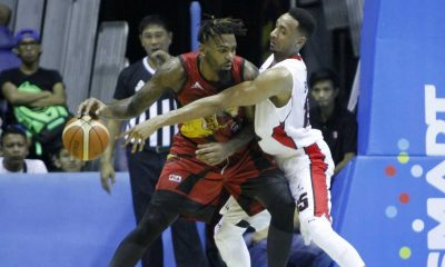 Tiebreaker Times San Miguel makes it rain, demolishes Alaska Basketball News PBA  Vic Manuel Tyler Wilkerson Shane Edwards San Miguel Beermen Ping Exciminiano PBA Season 41 Leo Austria Arwind Santos Alex Cabagnot 2016 PBA Commissioners Cup