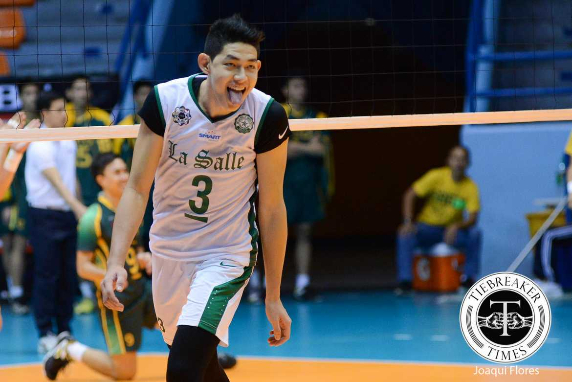 Tiebreaker Times Woo, La Salle hand wasteful FEU costly loss DLSU FEU News UAAP Volleyball  UAAP Season 78 Men's Volleyball UAAP Season 78 Ron Dulay Rikko Marmeto Redijohn Paler Raymark Woo Kid Santos Jopet Movido Jeric Gacutan Greg Dolor Geuel Asia FEU Men's Volleyball DLSU Men's Volleyball Team Arjay Onia