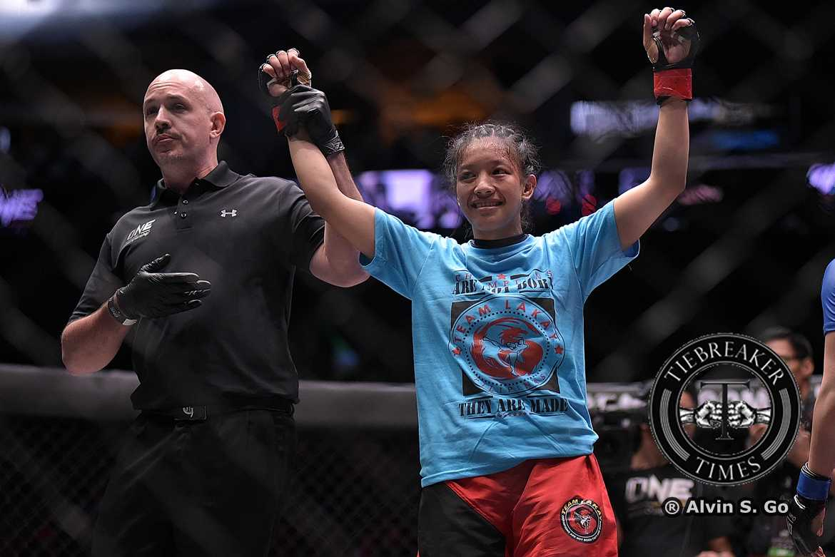 Philippine Sports News - Tiebreaker Times April Osenio more motivated after earning college degree Mixed Martial Arts News ONE Championship  Team Lakay ONE: Warriors of the World April Osenio