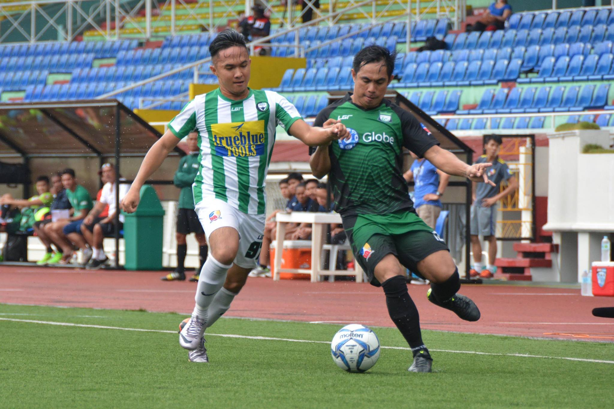 Tiebreaker Times Green Archers United, JP Voltes clinch vital wins Football News  Takumi Uesato Rodolfo Alicante Nomads FC Kenneth James JP Voltes FC Green Archers United FC Agila MSA FC 2016 UFL League