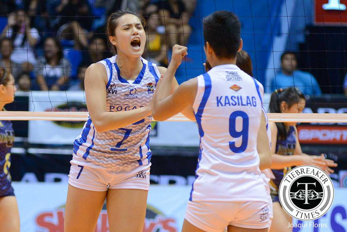 Tiebreaker Times Pocari Sweat survives National U to remain undefeated News NU PVL Volleyball  Rommel Abella Roger Gorayeb Pocari Sweat Lady Warriors NU Women's Volleyball Myla Pablo Michele Gumabao Melissa Gohing Jorelle Singh Jasmin Nabor Gyselle Sy Gayle Valdez Elaine Kasilag 2016 SVL Season 2016 SVL Open Conference