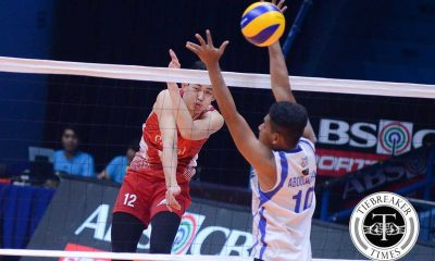 Tiebreaker Times Cignal finds connection, takes Game 1 of semis Uncategorized  Vince Mangulabnan Sta. Elena Wrecking Balls Sandy Montero Raymark Woo Michael Carino Juvie Mangaring Herschel Ramos Den Relata Cignal HD Spikers Berlin Paglinawan Arnold Laniog Arjay Onia 2016 Spikers Turf Season 2016 Spikers Turf Open Conference