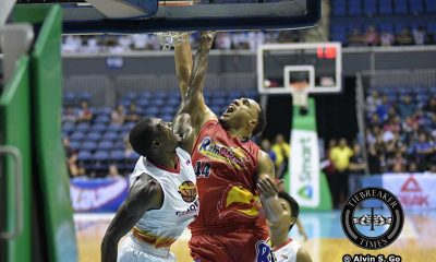 Tiebreaker Times Rain or Shine completes turnaround, sends Phoenix to 3rd straight setback Basketball News PBA  Yeng Guiao Ronjay Buenafe Rain or Shine Elasto Painters Prince Caperal Phoenix Fuel Masters PBA Season 41 Norbert Torres JR Quinahan Gabe Norwood Dior Lowhorn Ariel Vanguardia 2016 PBA Governors Cup