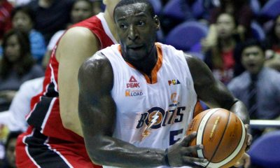 Tiebreaker Times Durham, Meralco hold off Abueva-less Alaska Basketball News PBA  RJ Jazul PBA Season 41 Norman Black Meralco Bolts LaDontae Henton Kevin Racal Jared Dillinger Chris Newsome Allen Durham Alex Compton Alaska Aces 2016 PBA Governors Cup