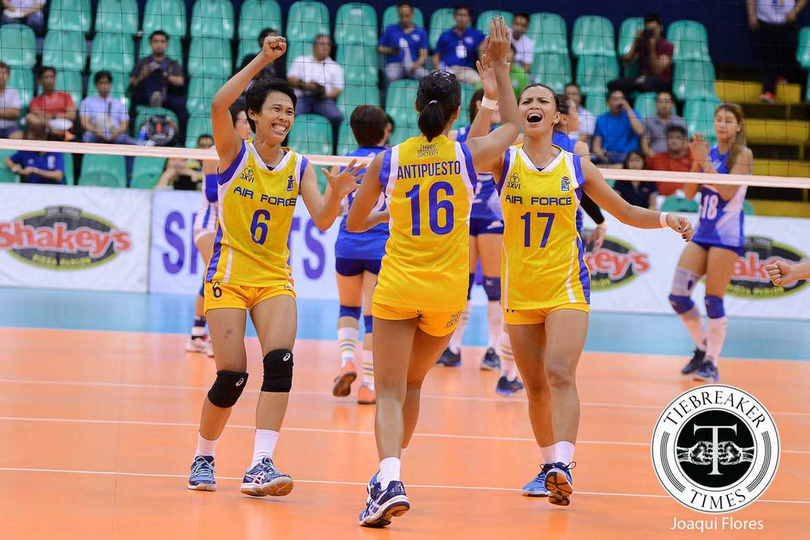 Philippine Sports News - Tiebreaker Times Air Force halts slide, sends Coast Guard to 0-5 hole News PVL Volleyball  Wendy Semana May Ann Pantino Mae Crisostomo Jasper Jimenez Gilbert Odron Dell Palomata Coast Guard Lady Dolphins Air Force Jet Spikers 2016 SVL Season 2016 SVL Reinforced Conference