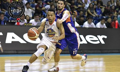 Tiebreaker Times Castro sinks in 23 to lift Tropang TNT to fourth straight over skidding NLEX Basketball News PBA  Troy Rosario Talk N Text Tropang Texters Sean Anthony PBA Season 41 NLEX Road Warriors Mario Little Jong Uichico Jayson Castro Henry Walker Boyet Fernandez Asi Taulava 2016 PBA Governors Cup