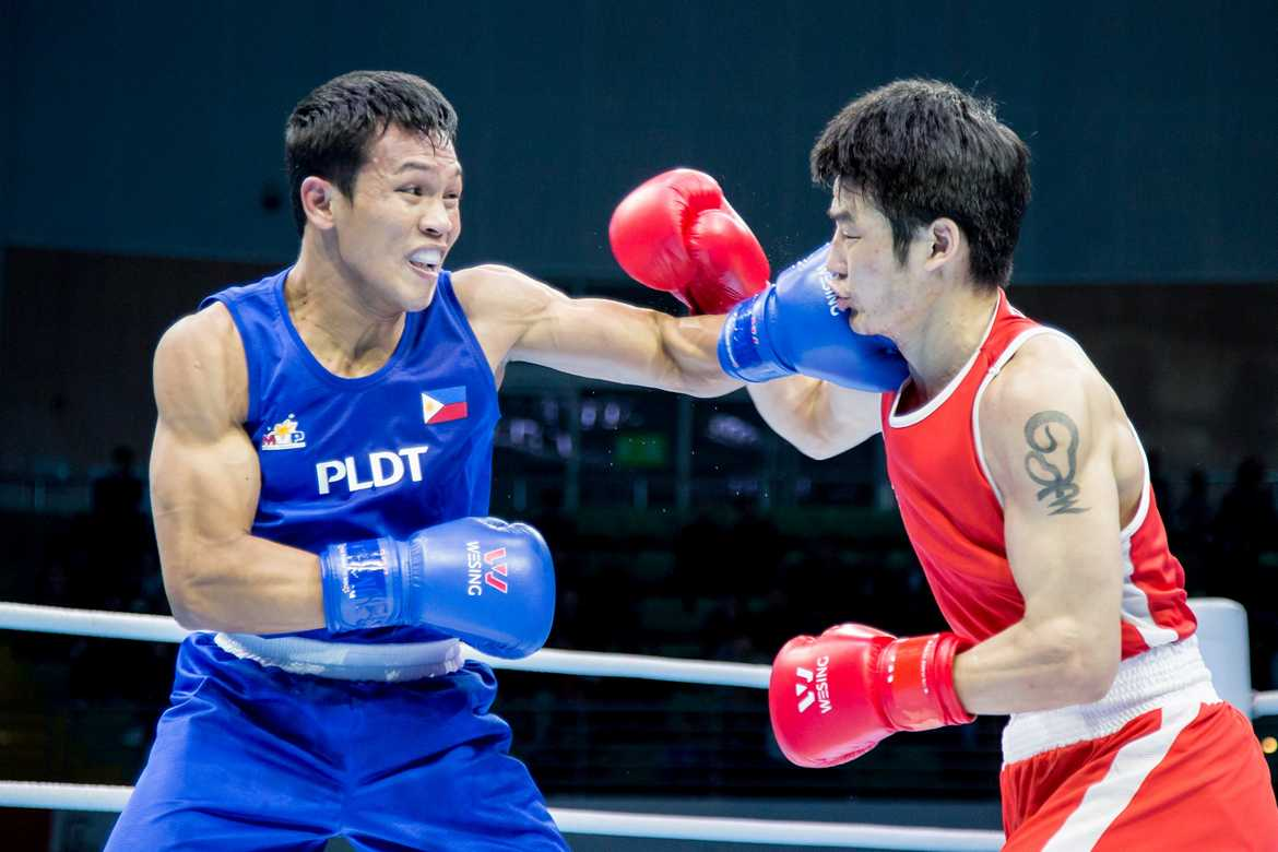 Philippine Sports News - Tiebreaker Times Suarez relies on technology to scout Rio opponents 2016 Olympic Games Boxing News  Rogen Ladon Charly Suarez Boy Velasco 2016 Olympic Games - Boxing