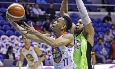 Tiebreaker Times De Ocampo's clutch jumper thwarts GlobalPort's comeback hopes Basketball News PBA  Terrence Romeo Talk N Text Tropang Texters Stanley Pringle Ranidel De Ocampo PBA Season 41 Mike Glover Larry Fonacier Jong Uichico Johnedel Cardel Jayson Castro Globalport Batang Pier 2016 PBA Governors Cup