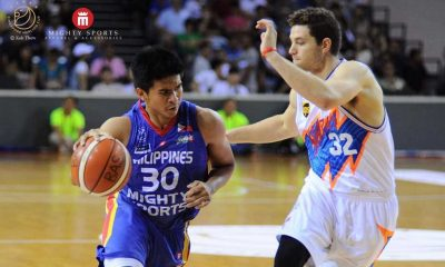 Tiebreaker Times Fredette, Sharks hand Mighty Sports heartbreak in finale Basketball News  Shanghai Sharks Mighty Sports Matthew Wright Kiefer Ravena Dewarick Spencer Charles Tiu Al Thornton 2016 Merlion Cup