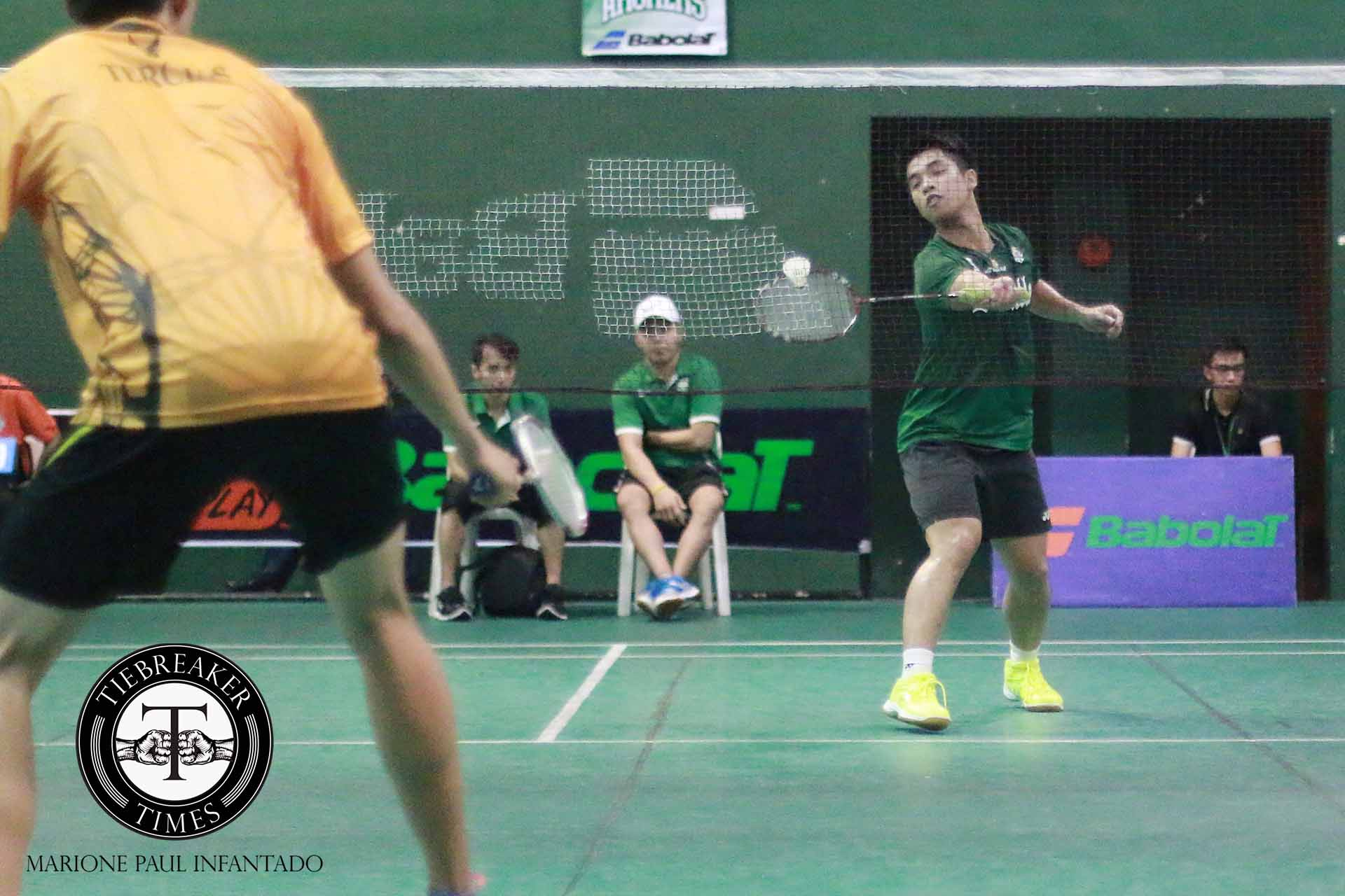 Tiebreaker Times La Salle holds off FEU in UAAP opening day Badminton DLSU FEU News UAAP Uncategorized  UAAP Season 79 Badminton UAAP Season 79 Kenneth Monterubio Jerickson Obaob FEU Men's Badminton Team DLSU Men's Badminton Team Cayel Pajarillo Anton Cayanan