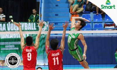 Tiebreaker Times St. Benilde posts first win after sweeping Letran CSB CSJL NCAA News Volleyball  Russel Garcia Owen Bacani NCAA Season 92 Men's Volleyball NCAA Season 92 Letran Men's Volleyball Kevin Magsino John Vic De Guzman Isaah Arda Brian Esquibel Bobby Gatdula Benilde Men's Volleyball Arnold Laniog