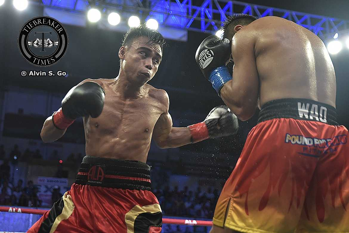 Tiebreaker Times 50-1 underdog Santisima out to shock the world vs WBO champ Boxing News  Unfinished Buiness (Boxing) Jeo Santisima Emanuel Navarrete ALA Promotions