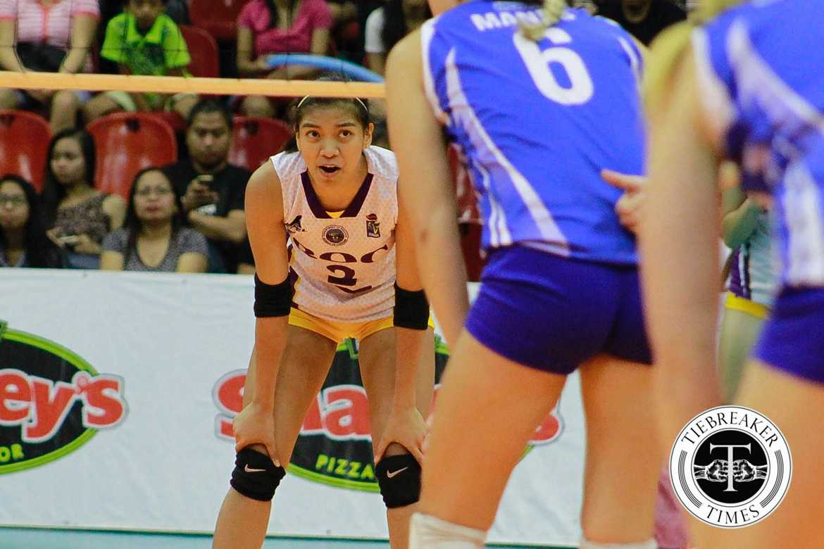 Tiebreaker Times 'Coach' Valdez takes charge late in Game Three News PVL Volleyball  Sherwin Meneses Bureau of Customs Transformers Alyssa Valdez 2016 SVL Season 2016 SVL Reinforced Conference