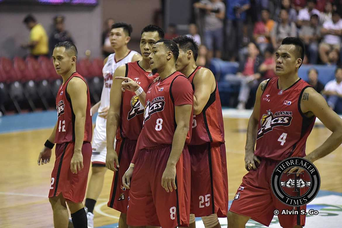 2016-17-PBA-Philippine-Cup-Alaska-Aces-def-Barangay-Ginebra-San-Miguel-JVee-Casio-Calvin-Abueva-Vic-Manuel Cariaso pays tribute to Casio: 'He has contributed in creating the culture we live by' Basketball News PBA  - philippine sports news