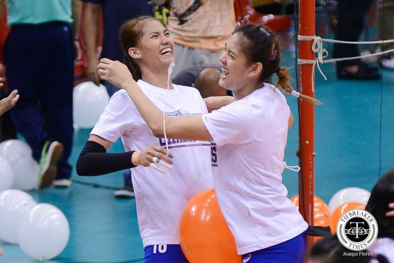 Tiebreaker Times Shaq delos Santos wants Santiago sisters to focus on Japan stint first News Volleyball  Shaq delos Santos Philippine Women's National Volleyball Team Jaja Santiago Dindin Santiago-Manabat