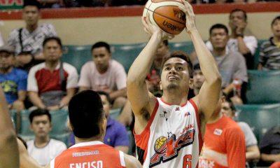 Tiebreaker Times Racal steps up for Abueva, notches career-high Basketball News PBA  PBA Season 42 Kevin Racal Alaska Aces 2016-17 PBA All Filipino Conference