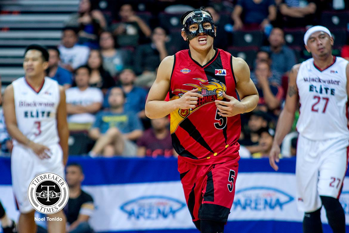 Tiebreaker Times After much delay, Alex Cabagnot has finally gone under knife to repair broken nose Basketball News PBA  San Miguel Beermen PBA Season 44 Alex Cabagnot 2019 PBA Philippine Cup