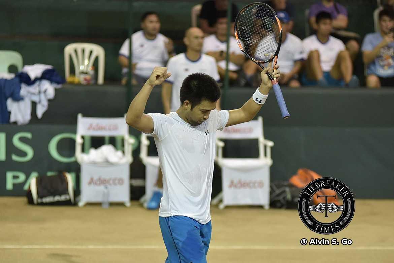 Tiebreaker Times Huey, Alcantara outlast Indonesia to put Philippines up 2-1 Davis Cup News Tennis  Treat Huey Sunu-Wahyu Trijati Niño Alcantara Indonesia (Tennis) David Susanto 2017 Davis Cup Group II Asia-Oceania