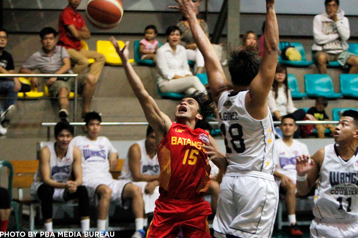 Tiebreaker Times De Joya, Batangas battle back from 22 down to turn back Wangs Basketball News PBA D-League  Yutien Andrada Wangs Basketball Couriers Rey Publico Province of Batangas (PBA D-League) Pablo Lucas John Von Tambeling John Tayongtong Jason Sedurifa Eric Gonzales Cedric De Joya 2017 PBA D-League Season 2017 PBA D-League Aspirants Cup