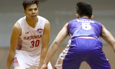 Tiebreaker Times Sara, Batangas stun Cafe France-CEU to end campaign on high note Basketball News PBA D-League  Province of Batangas (PBA D-League) Oliver Arim Michael Calisaan Joseph Sedurifa Eric Gonzales Egay Macaraya Dan Sara Cedric Ablaza Cafe France-CEU Bakers 2017 PBA D-League Season 2017 PBA D-League Aspirants Cup