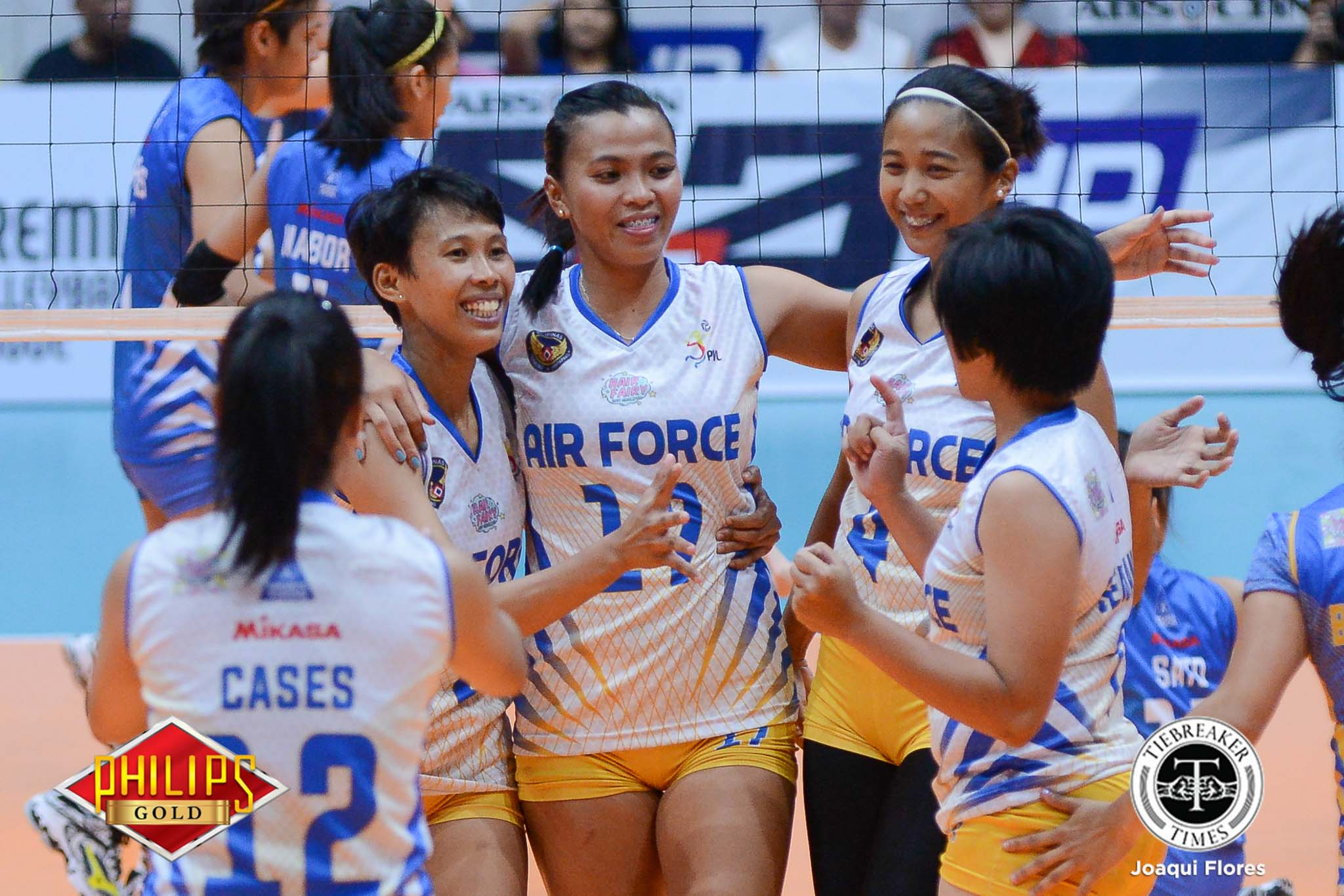Philippine Sports News - Tiebreaker Times Air Force coughs up 2-0 lead, still manages to escape Perlas News PVL Volleyball  Perlas Lady Spikers May Ann Pantino Kathy Bersola Joy Cases Jerry Yee Jasper Jimenez Iari Yongco Dzi Gervacio Camille Abanto Amy Ahomiro Air Force Jet Spikers 2017 PVL Women's Reinforced Conference 2017 PVL Season