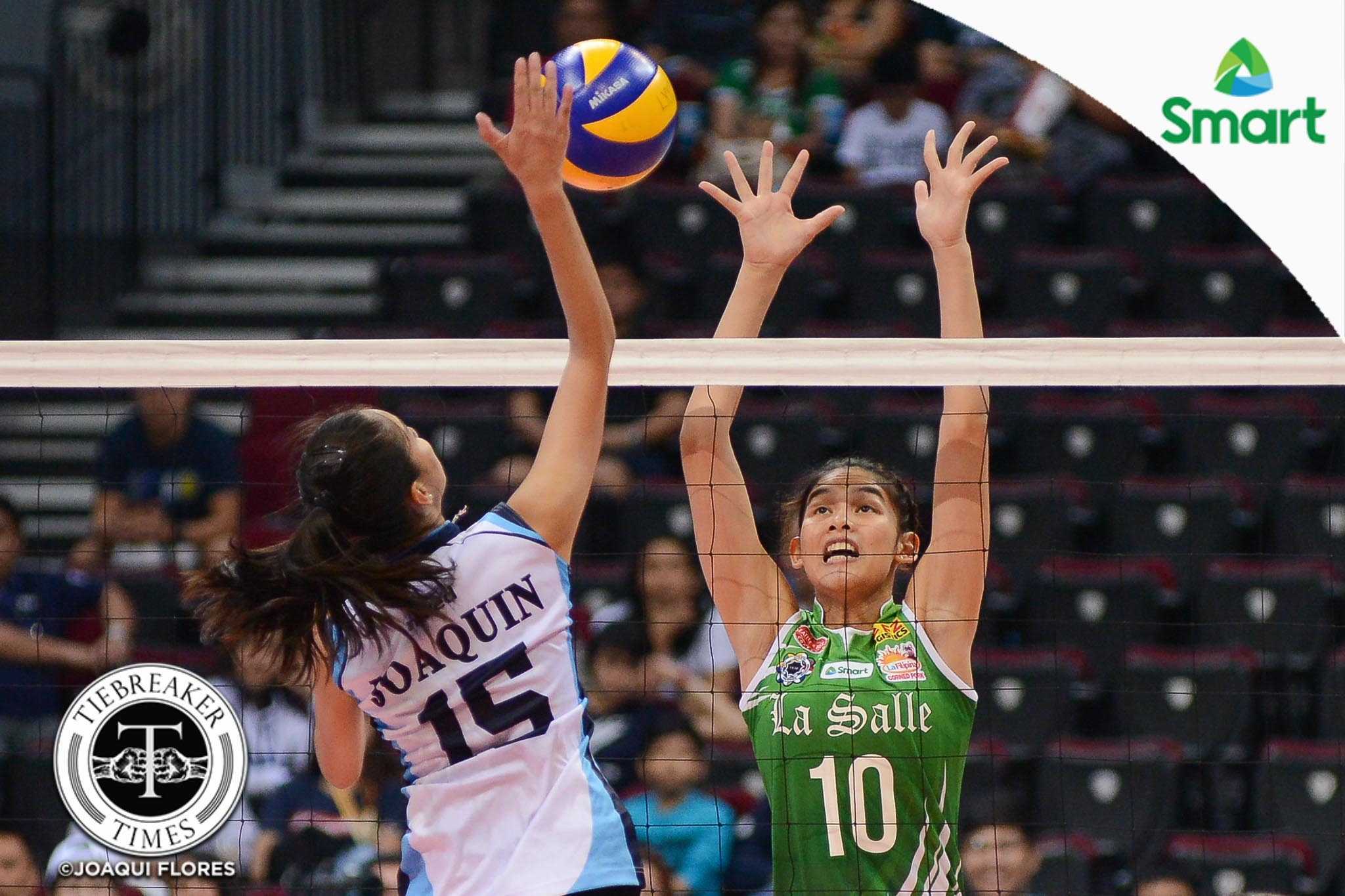 Philippine Sports News - Tiebreaker Times Lady Spikers ground Lady Falcons, near second-round sweep AdU DLSU News UAAP Volleyball  UAAP Season 79 Women's Volleyball UAAP Season 79 Ramil De Jesus Majoy Baron Kim Fajardo Jema Galanza DLSU Women's Volleyball Dawn Macandili Airess Padda Adamson Women's Volleyball