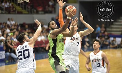 Tiebreaker Times New-look Globalport shocks Meralco, keeps playoff hopes alive Basketball News PBA  Stanley Pringle Sean Anthony PBA Season 42 Norman Black Meralco Bolts Justin Harper Justin Chua Jared Dillinger Globalport Batang Pier Franz Pumaren Alex Stepheson 2017 PBA Commissioners Cup