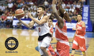 Tiebreaker Times Celda's game-winner lifts Mahindra past Phoenix in overtime Basketball News PBA  Reden Celda Phoenix Fuel Masters PBA Season 42 Matthew Wright Mahidnra Floodbuster LA Revilla Keith Wright Jameel McKay Gelo Alolino Chris Gavina Ariel Vanguardia 2017 PBA Commissioners Cup