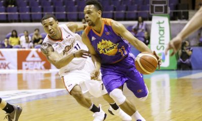 Tiebreaker Times TNT ends five-game skid against Meralco to take 1-0 lead Basketball News PBA  TNT Katropa PBA Season 42 Norman Black Nash Racela Mo Tautuaa Meralco Bolts Joshua Smith Jayson Castro Jared Dillinger Chris Newsome Baser Amer 2017 PBA Commissioners Cup