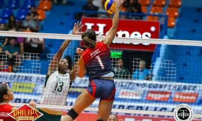 Tiebreaker Times Petron sweeps Sta. Lucia to advance to Pool C News PSL Volleyball  Sta. Lucia Lady Realtors Shiela Pineda Shaq delos Santos Sammy Acaylar Petron Blaze Spikers MJ Phillips Bernadeth Pons April Hingpit 2017 PSL Season 2017 PSL All Filipino Conference