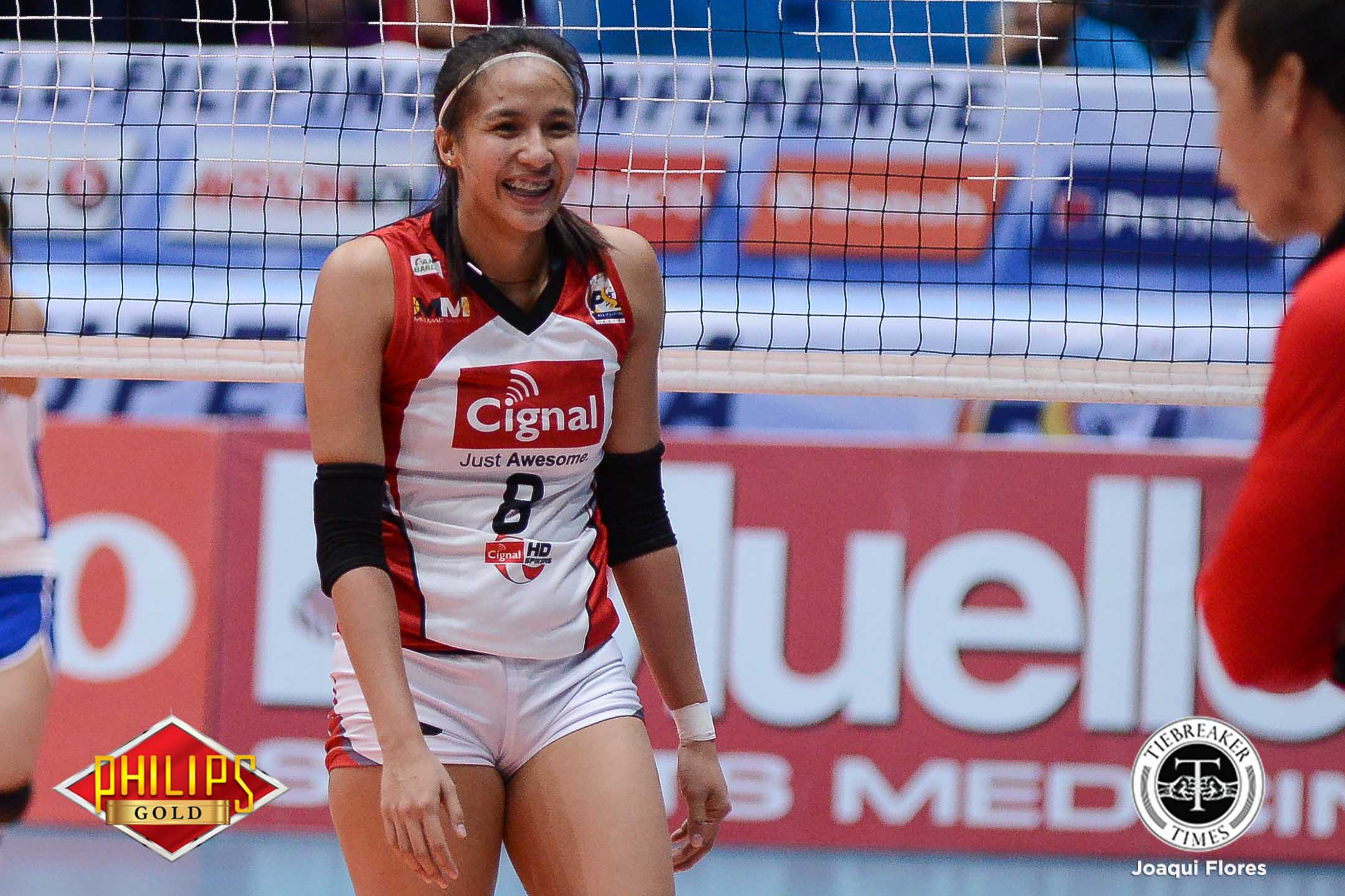 Philippine Sports News - Tiebreaker Times Cignal HD breaks slump, slams Iriga City with third loss News PSL Volleyball  Tamara Kmezic Saam Miyagawa Parley Tupas Jovelyn Gonzaga Jheck Dionela Iriga City Lady Oragons George Pascua Cignal HD Spikers Chooks-to-Go Chie Saet Beth Carey 2017 PSL Season 2017 PSL Grand Prix