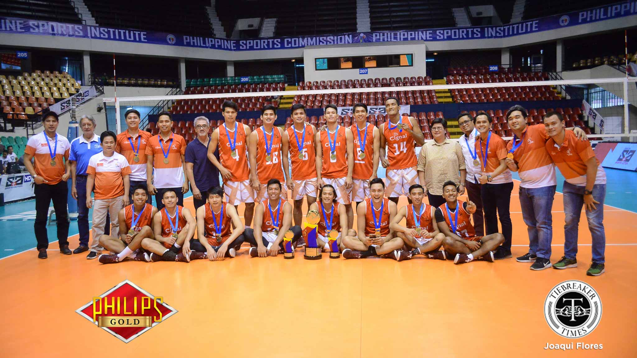Tiebreaker Times Cignal breaks Air Force's spell, claims Reinforced Conference title News PVL Volleyball  Vince Mangulabnan Sandy Montero Rhovyl Verayo Rex Intal RanRan Abdilla Oliver Almadro Mark Alfafara Cignal HD Spikers Bryan Bagunas Air Force Airmen 2017 PVL Season 2017 PVL Men's Reinforced Conference
