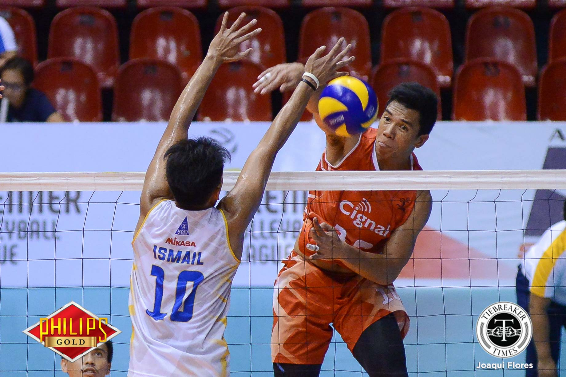 Philippine Sports News - Tiebreaker Times Loud and Proud: Alfafara provides added leadership to Cignal, Men's NVT News PVL Volleyball  Mark Alfafara Cignal HD Spikerse 2017 SEA Games - Volleyball 2017 PVL Season 2017 PVL Men's Open Conference