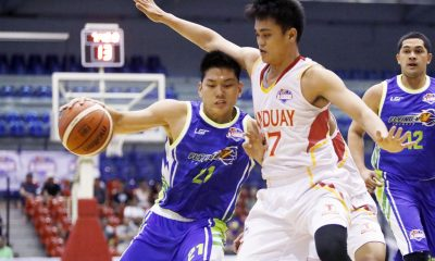 Tiebreaker Times Jeron Teng notches third 30-point game; Flying V extends streak to 6 Basketball News PBA D-League  Thomas Torres Tanduay Rhum Masters Lester Alvarez Jerwin Gaco Jeron Teng Flying V Thunder Eric Salamat Eric Altamirano Adi Santos 2017 PBA D-League Season 2017 PBA D-League Foundation Cup