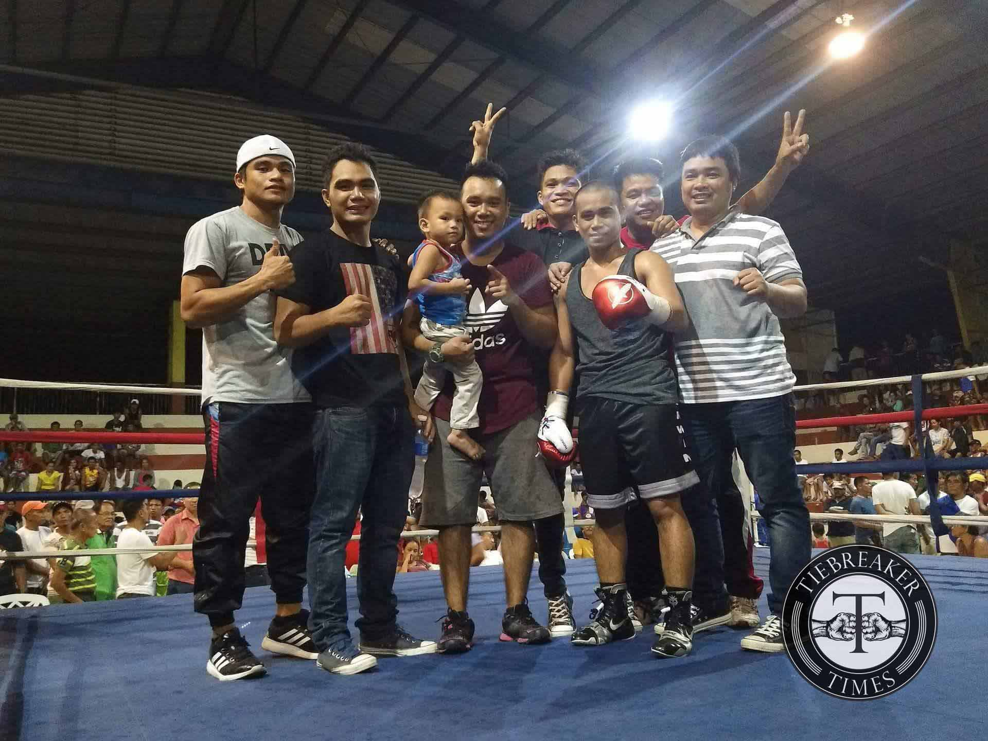 Philippine Sports News - Tiebreaker Times Following sixth win, former Olympian Barriga inches closer to world title shot Boxing News  Mark Anthony Barriga Joven Jimenez