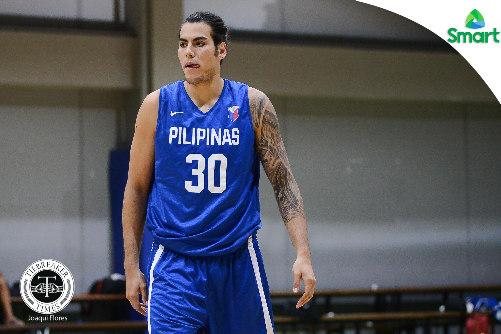 Philippine Sports News - Tiebreaker Times Better Late than Never: Standhardinger owes Gilas pizza after being late once more Basketball Gilas Pilipinas News  Gabe Norwood Christian Standhardinger Chot Reyes 2017 SEA Games - Basketball 2017 FIBA Asia Cup