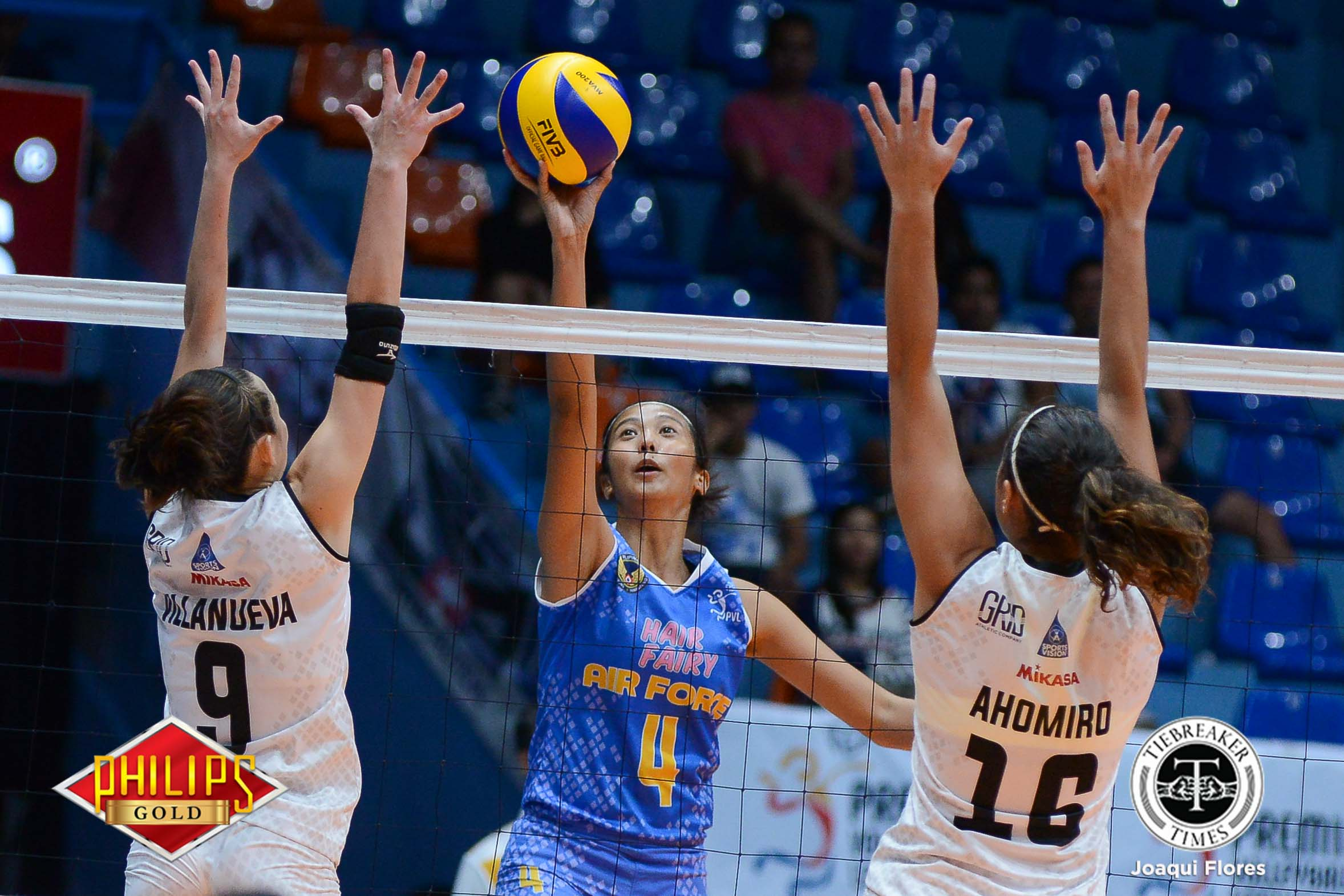 Philippine Sports News - Tiebreaker Times Hair Fairy-Air Force earns first win at expense of depleted Perlas-BanKo News PVL Volleyball  Wendy Semana Sasa Devanadera Perlas Lady Spikers Nai Muhammed Mary Ann Balmaceda Jocemer Tapic Jasper Jimenez Iari Yongco Amanda Villanueva Air Force Jet Spikers 2017 PVL Women's Open Conference 2017 PVL Season