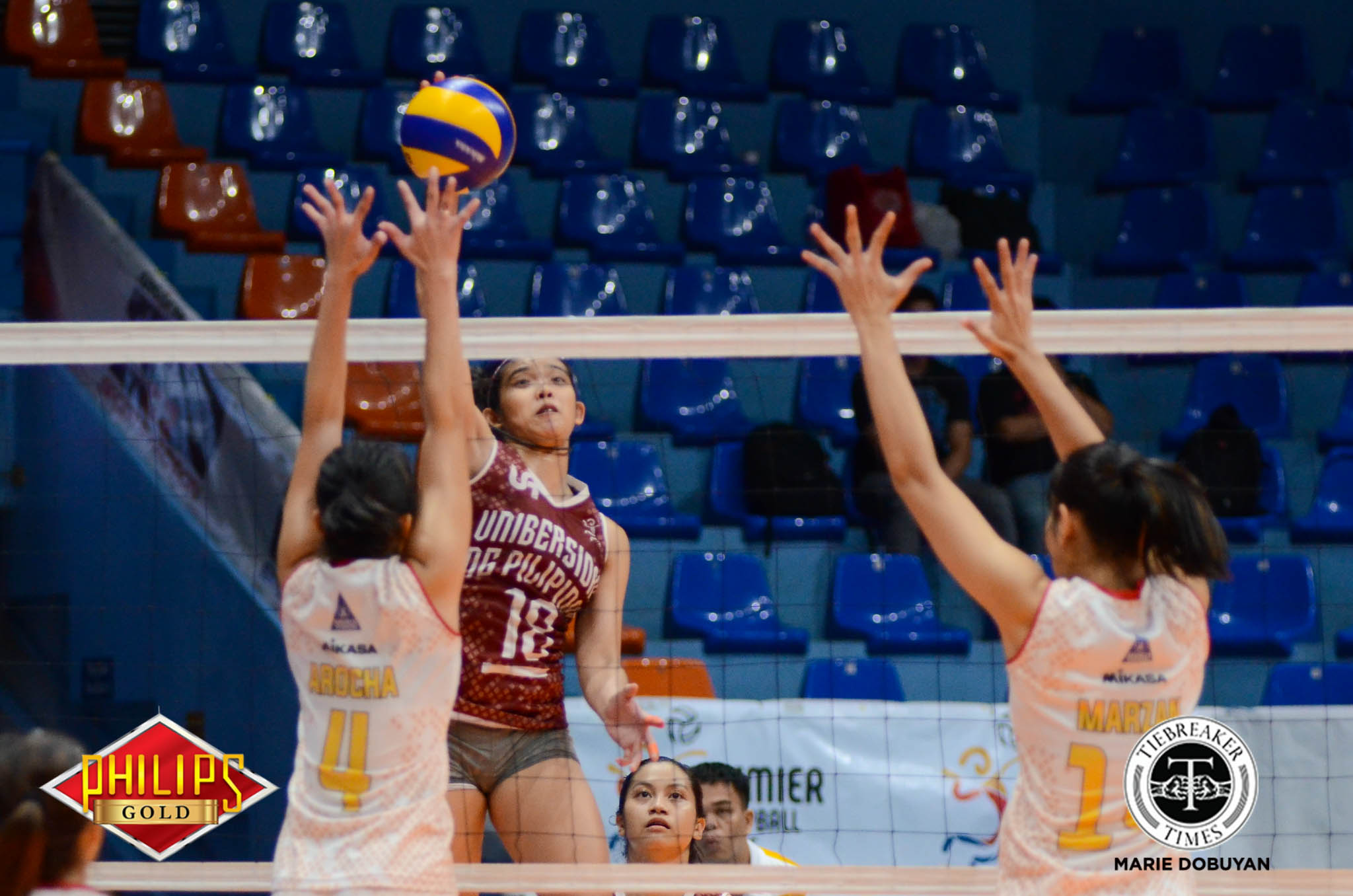 Tiebreaker Times UP ends Open campaign with gritty win over Power Smashers News PVL UP Volleyball  UP Women's Volleyball Tots Carlos Rose Cailing Remelyn Altomea Regine Arocha Power Smashers Nes Pamilar Jovelyn Prado Jerry Yee Isa Molde 2017 PVL Women's Open Conference 2017 PVL Season
