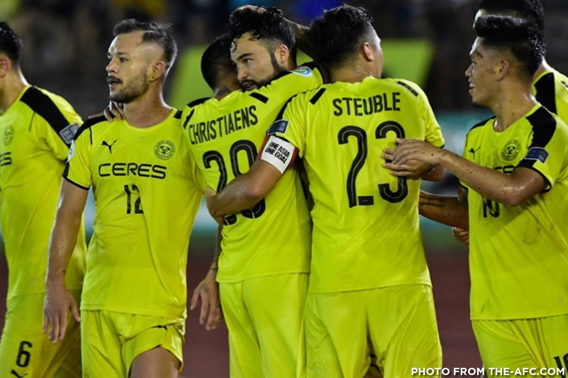 Philippine Sports News - Tiebreaker Times Magical night in Bacolod as Ceres-Negros sinks Home, advances to next AFC Cup round AFC Cup Football News PFL  Roland Muller Risto Vidakovic Manny Ott Home United Fernando Rodriguez Ceres-Negros FC 2017 AFC Cup