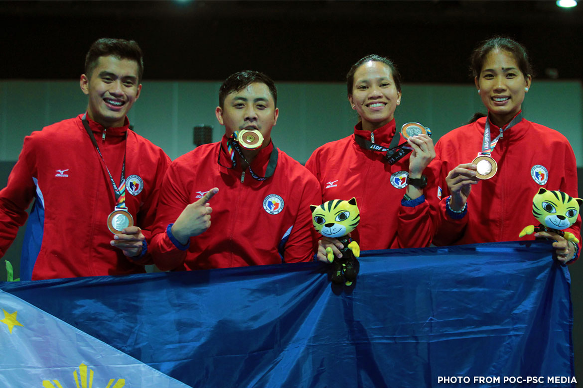 Philippine Sports News - Tiebreaker Times Drought Ends: Brennan Louie captures gold in men's foil 2017 SEA Games Fencing News  Nathaniel Perez Harlene Raguin Hanniel Abella Brennan Wayne Louie 2017 SEA Games - Fencing