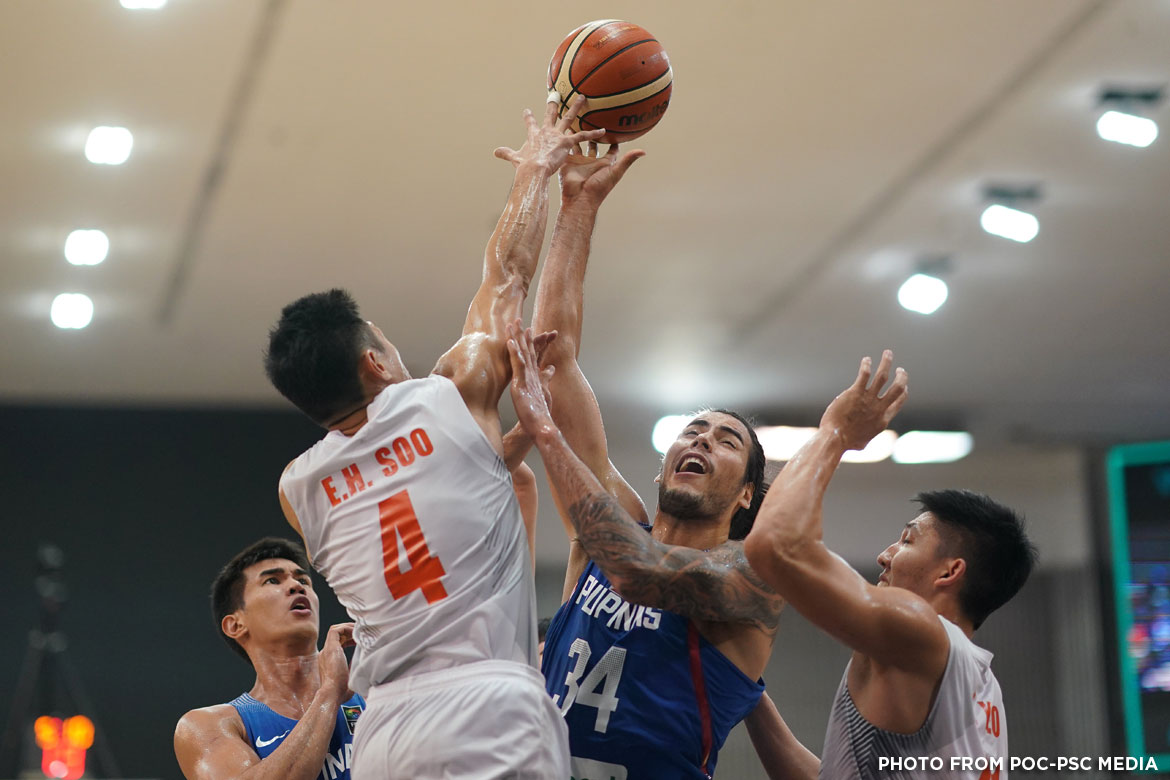 Philippine Sports News - Tiebreaker Times Gilas Pilipinas get physical with Malaysia, sweep Group A 2017 SEA Games Basketball News  Malaysia (Basketball) Kobe Paras Jong Uichico Christian Standhardinger 2017 SEA Games - Basketball