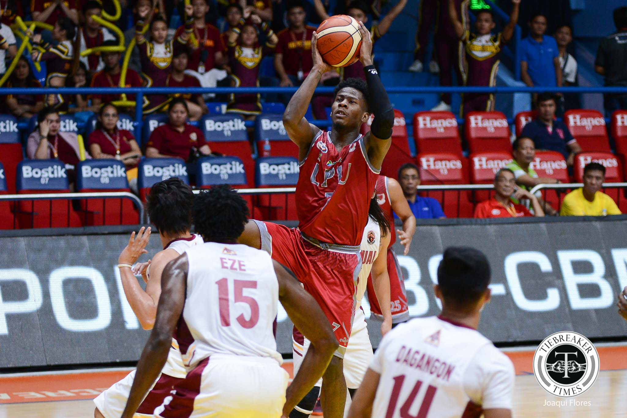 Philippine Sports News - Tiebreaker Times Lyceum turns it up in an instant against Perpetual to go to 6-0 Basketball LPU NCAA News UPHSD  Prince Eze Perpetual Seniors Basketball NCAA Season 93 Seniors Basketball NCAA Season 93 MJ Ayaay Lyceum Seniors Basketball Jimwell Gican Jeff Perlas CJ Perez