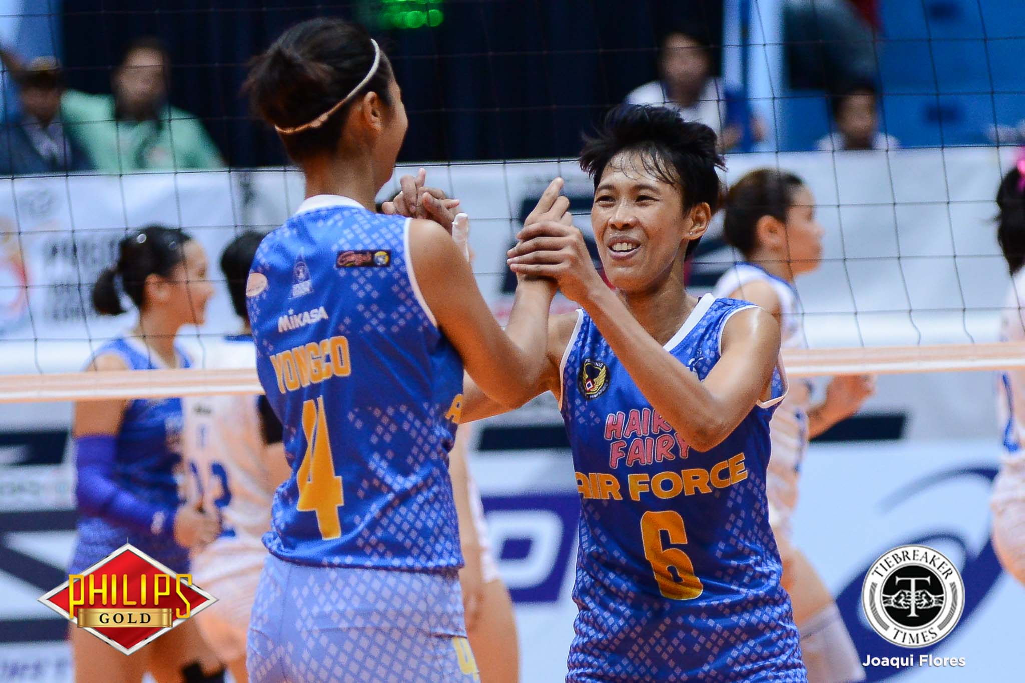 Philippine Sports News - Tiebreaker Times Hair Fairy-Air Force stuns Pocari Sweat to take 1-0 lead News PVL Volleyball  Wendy Semana Rico De Guzman Pocari Sweat Lady Warriors Myla Pablo May Ann Pantino Mary Ann Balmaceda Jocemer Tapic Jasper Jimenez Air Force Jet Spikers 2017 PVL Women's Open Conference 2017 PVL Season