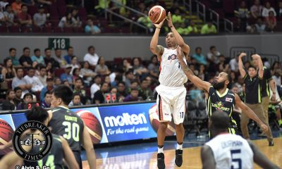 Tiebreaker Times Newsome, Durham spark Meralco past Globalport to keep playoff incentive hopes alive Basketball News PBA  Stanley Pringle Sean Anthony Reynel Hugnatan PBA Season 42 Norman Black Meralco Bolts Jonathan Grey Globalport Batang Pier Eric Gonzales Cliff Hodge Chris Newsome Bradwyn Guinto Allen Durham 2017 PBA Governors Cup