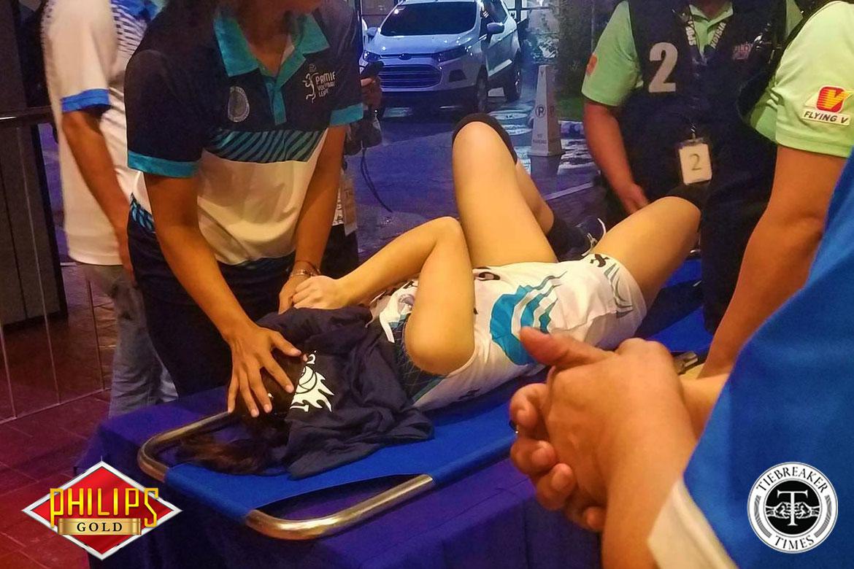 Philippine Sports News - Tiebreaker Times Jema Galanza suffers gruesome ankle injury AdU News PVL Volleyball  Jema Galanza Adamson Women's Volleyball 2017 PVL Women's Collegiate Conference 2017 PVL Season