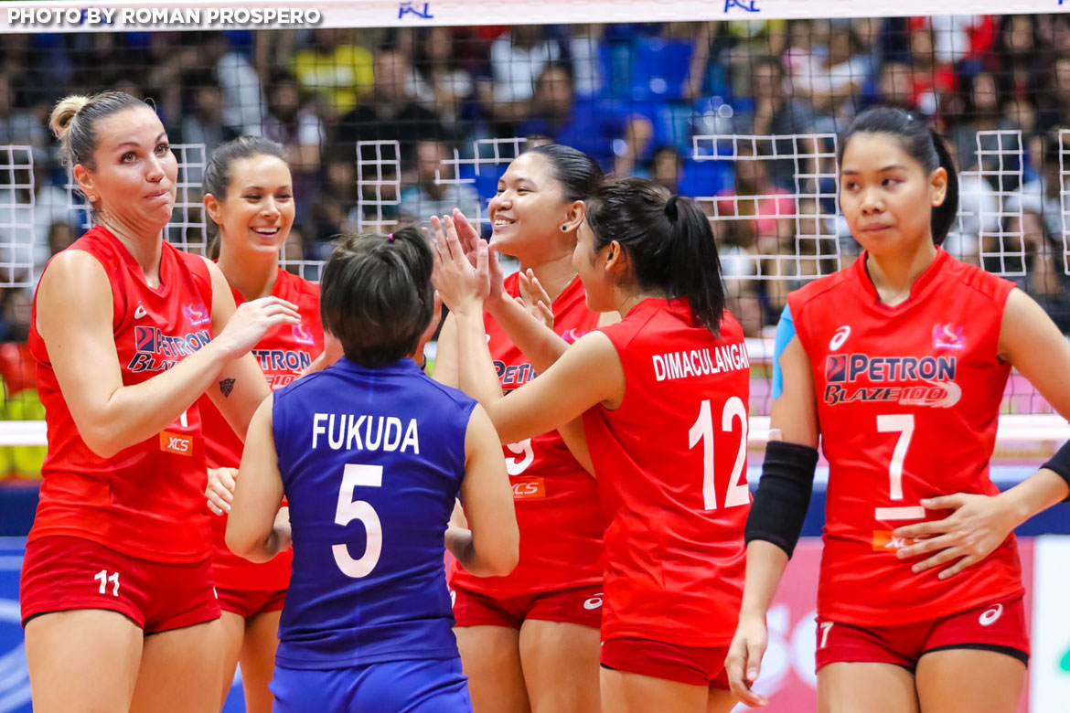 Philippine Sports News - Tiebreaker Times SMC's stellar PBA year keeps Petron motivated News PSL Volleyball  Shaq delos Santos Petron Blaze Spikers Chooks-to-Go 2017 PSL Season 2017 PSL Grand Prix