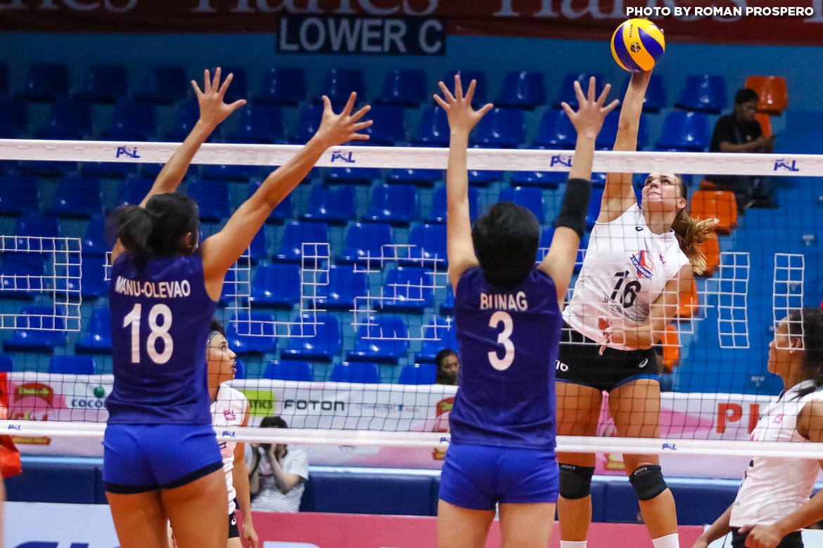 Philippine Sports News - Tiebreaker Times Generika-Ayala evens record at debuting Cocolife's expense News PSL Volleyball  Taylor Milton Shar Manu-Olevao Kungfu Reyes Katrina Pilepic Kath Arado Generika Lifesavers Francis Vicente Darlene Ramdin Cocolife Asset Managers Acy Masangkay 2017 PSL Season 2017 PSL Grand Prix