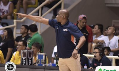 Tiebreaker Times Issue between Kelly Nabong, Meralco stems from playing time, says Norman Black Basketball News PBA  PBA Season 42 Norman Black Meralco Bolts Kelly Nabong 2017 PBA Governors Cup
